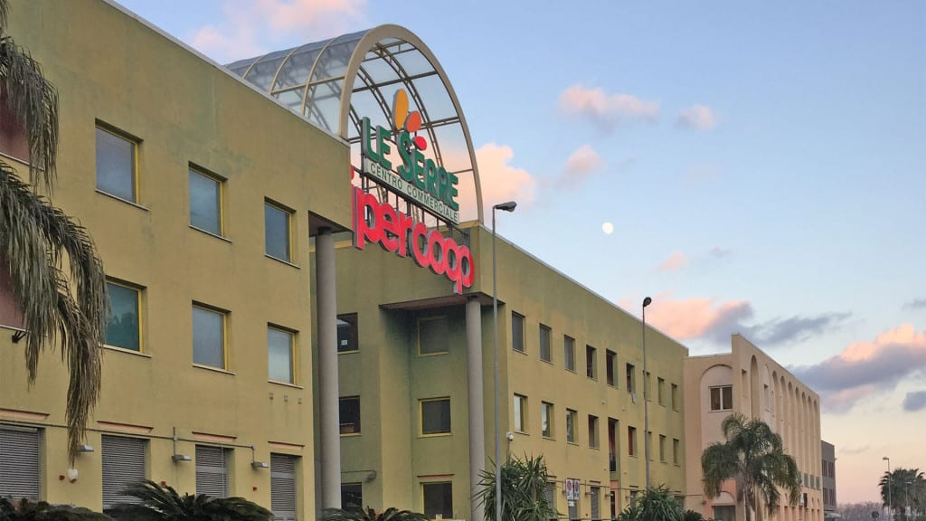 Centro Commerciale Le Serre Albenga